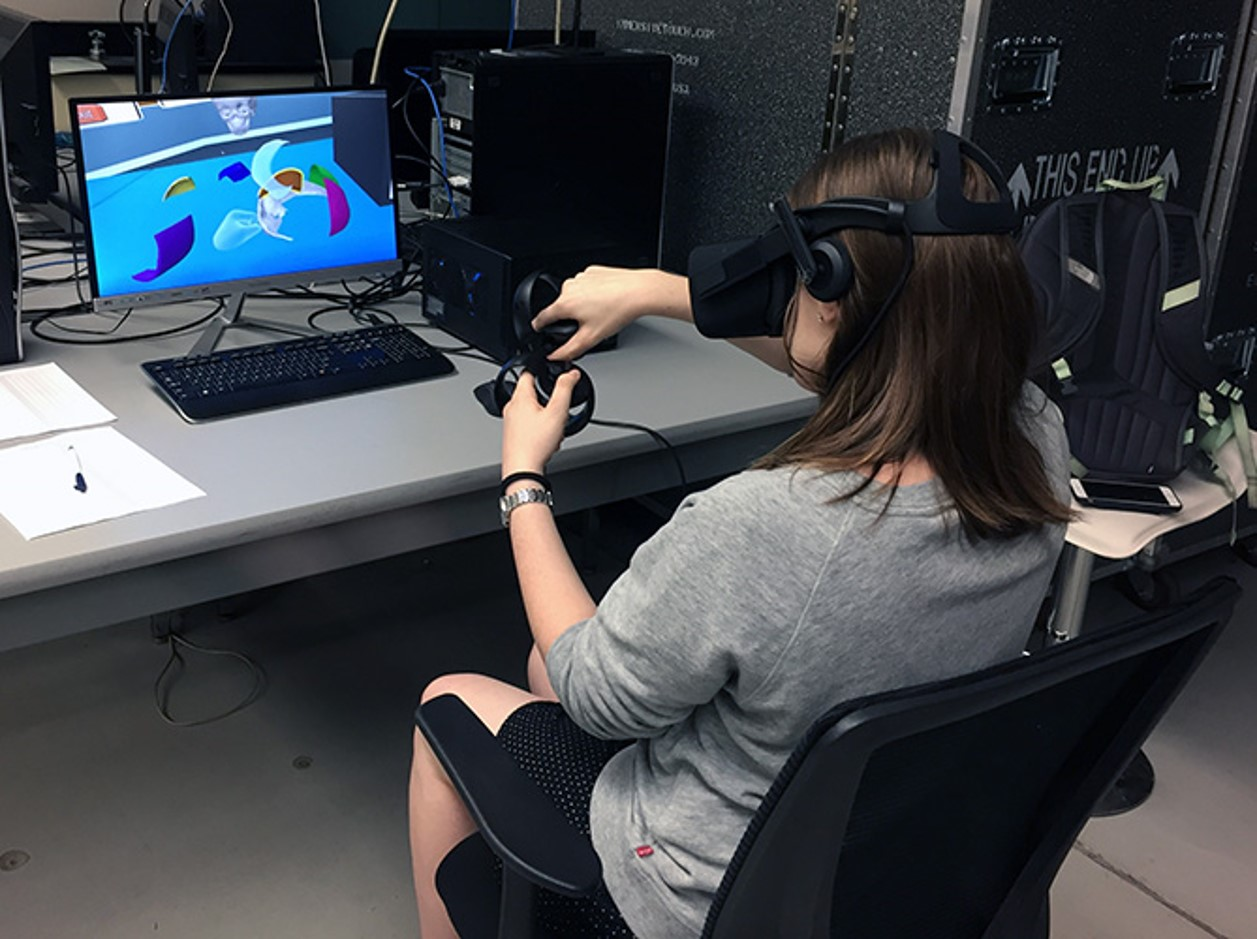 ImmersiveTouch features virtual reality operating technology that Banerjee and his students developed during his tenure at UIC