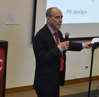 MIE Professor Kenneth Brezinsky addresses the audience during the first CUP workshop at UIC.