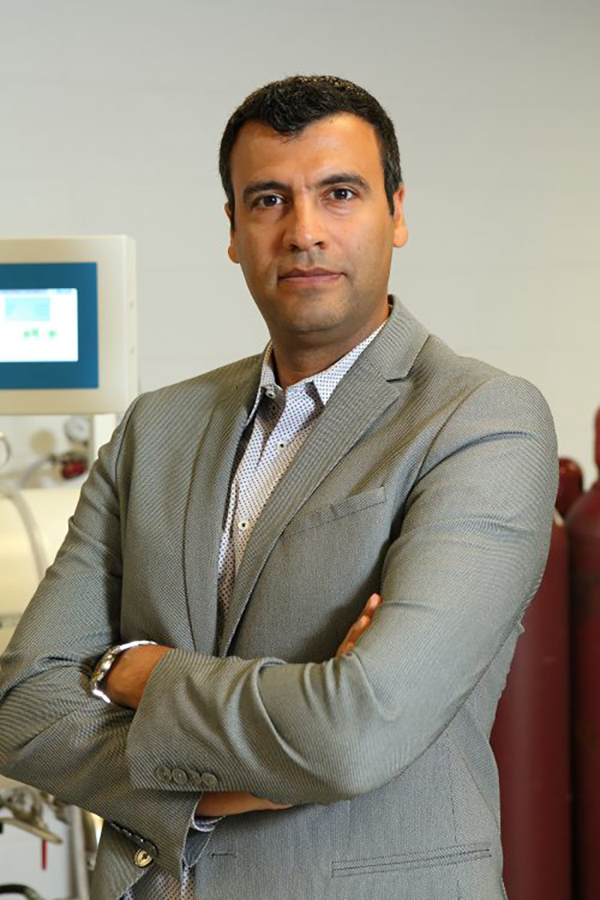 Professor Reza Shabazian-Yassar