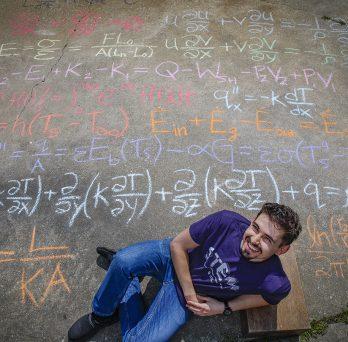 UIC student Daniel Torres